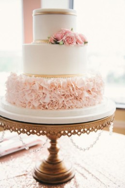 pink and gold cake0