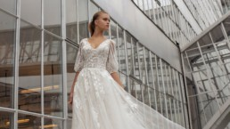 Larissa from le Papillon by Modeca